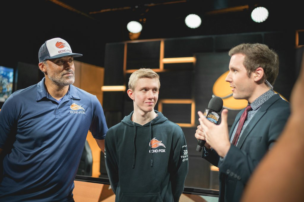 rich-fox-froggen-echo-fox