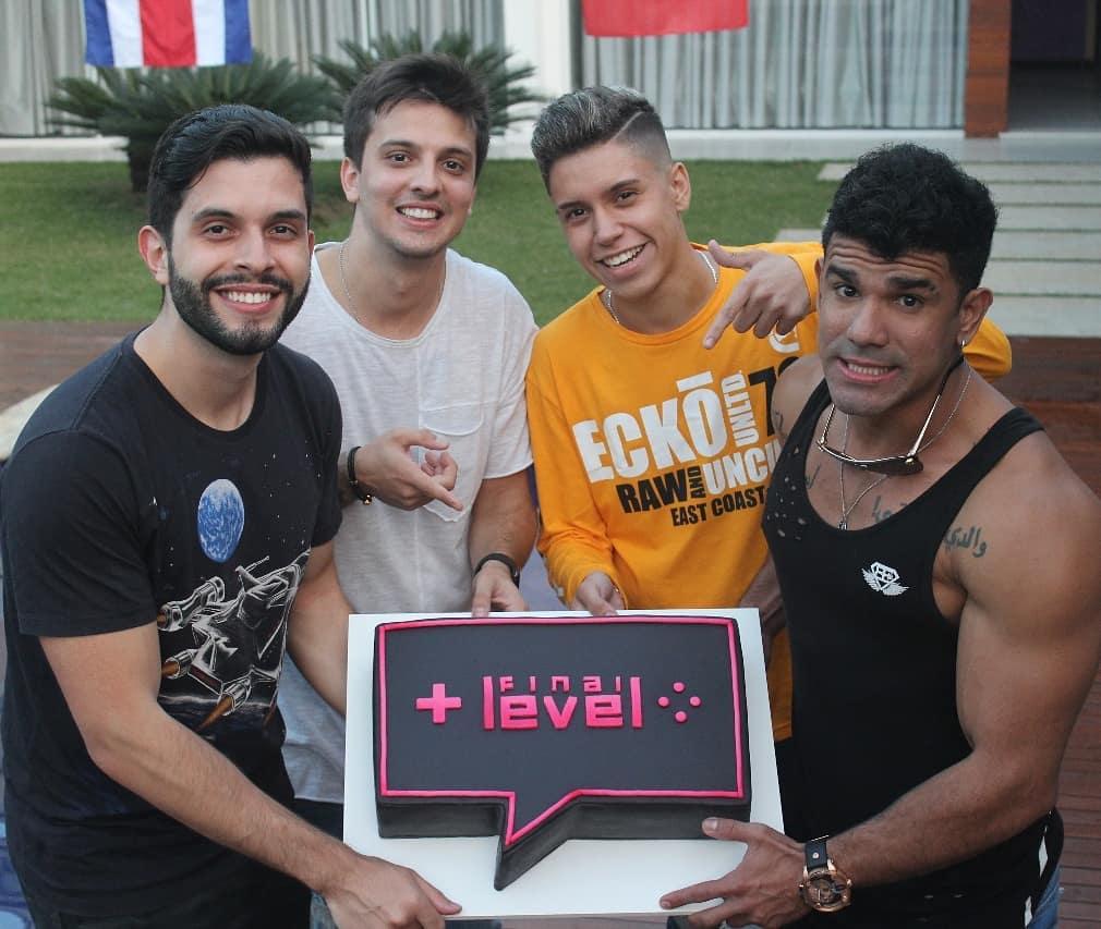 Final-Level-Robin-Hood-Gamer-Playhard-Shevii2k-Caio-Pericinoto