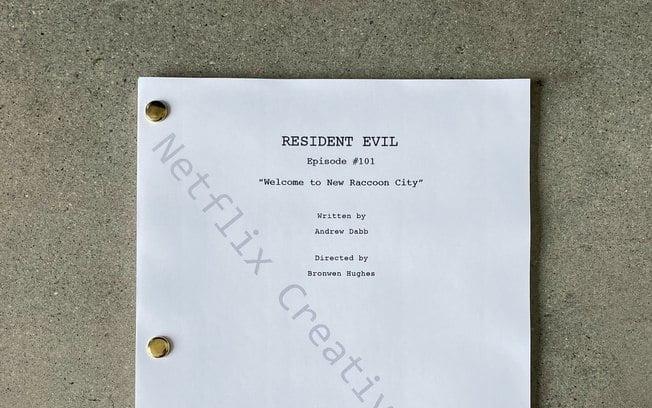 Imagem da primeira página do roteiro de Resident Evil da Netflix